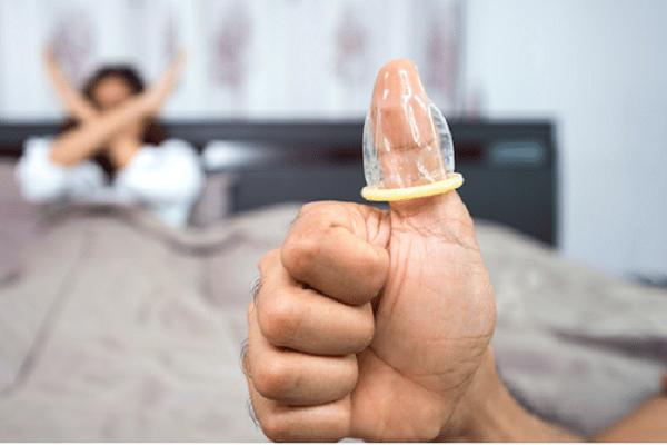 Những sai lầm khi sử dụng có thể làm giảm tác dụng của bao cao su