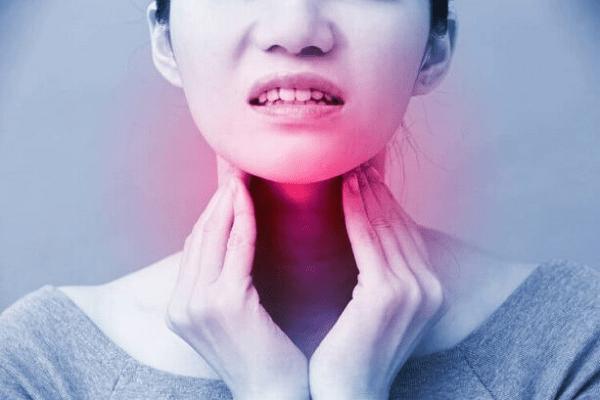 Hoa phấn có tác dụng giảm sưng do viêm họng, viêm amidan rất tốt