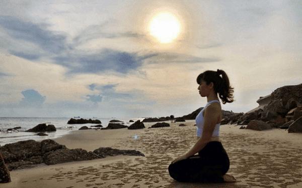 Tư thế sấm sét trong Yoga tốt cho tim mạch