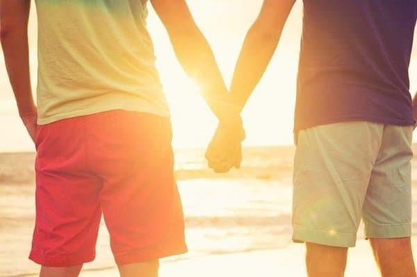 Đồng tính nam là khái niệm diễn tả xu hướng tình dục hoặc tình yêu giữa nam và nam (Ảnh: Internet)