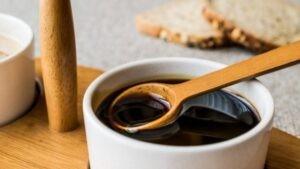 Mật mía là một loại xi-rô đặc mà người ta sử dụng làm chất tạo ngọt