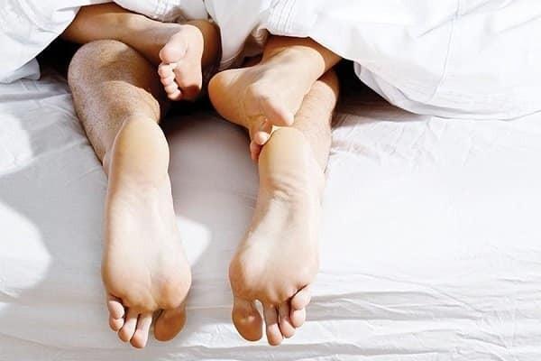 HPV chủ yếu lây truyền qua đường tình dục