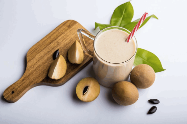 Sinh tố Hồng xiêm là thức uống thơm ngon, có giá trị dinh dưỡng cao.
