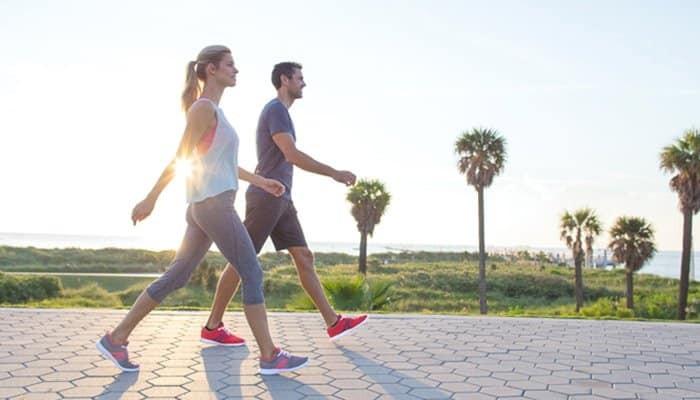 Đi bộ chính là môn thể thao nhẹ nhàng nhất dành cho người bệnh tim