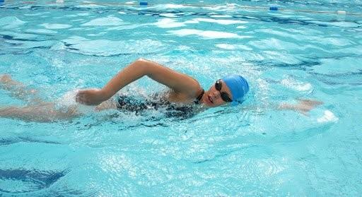 Bơi lội thường xuyên sẽ tăng cường đề kháng cho cơ thể bạn