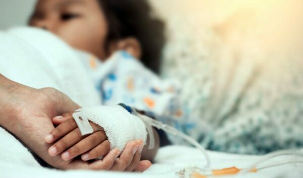 bé bị dị ứng thuốc kháng sinh