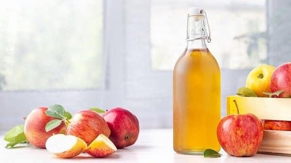 Uống giấm táo có tác dụng làm trễ kinh nguyệt tạm thời hiệu quả, an toàn