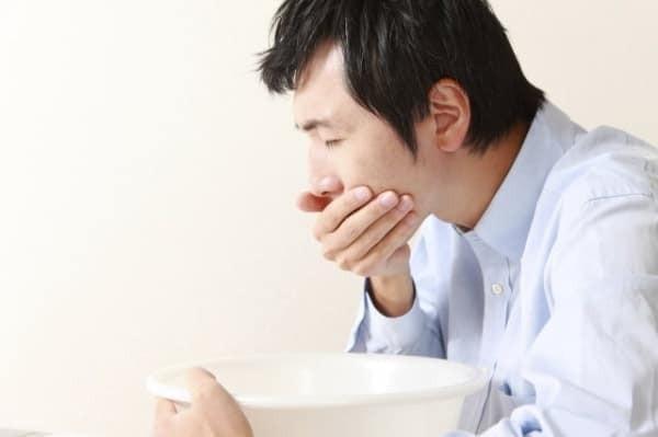 Ngộ độc thực phẩm có nên đến bệnh viện điều trị?