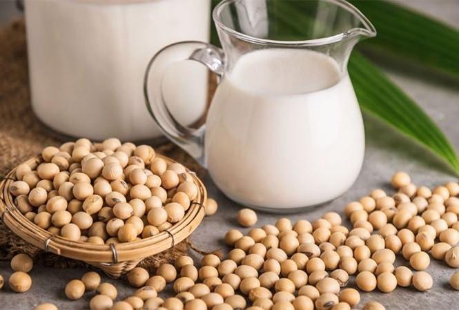 Đậu nành không chỉ tốt cho sức khỏe mà còn là thực phẩm trắng da cho kết quả tốt