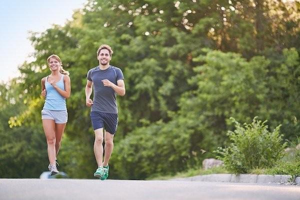 Chạy bộ giúp giảm cân nhanh chóng, an toàn và hiệu quả