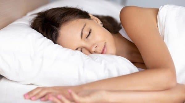 Ngủ đủ giấc cải thiện triệu chứng của hội chứng tiền kinh nguyệt