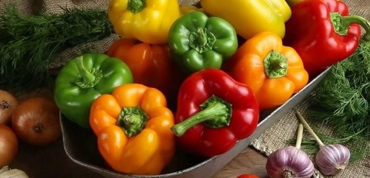 Ớt chuông là nguồn thực phẩm tốt cho người bị gãy xương do chứa rất nhiều Vitamin C.