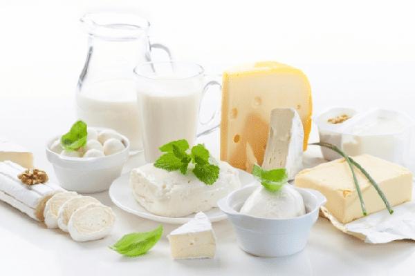 Đau răng nên ăn sản phẩm từ sữa