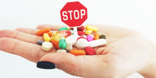 Những triệu chứng khi dùng thuốc quá liều và cách xử lý