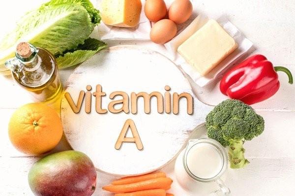 Mọi người có thể cung cấp đủ vitamin A thông qua chế độ ăn uống.