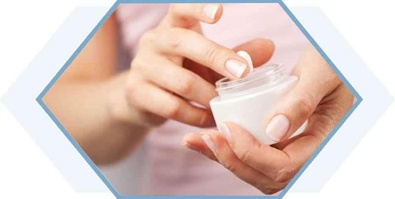 Axit pantothenic giữ ẩm cho da
