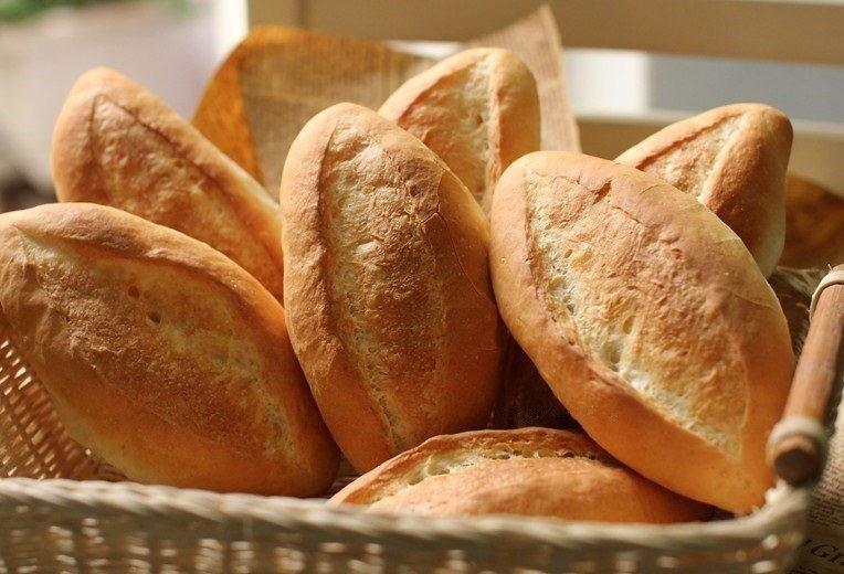 Bánh mì chứa nhiều tinh bột giúp tăng cân