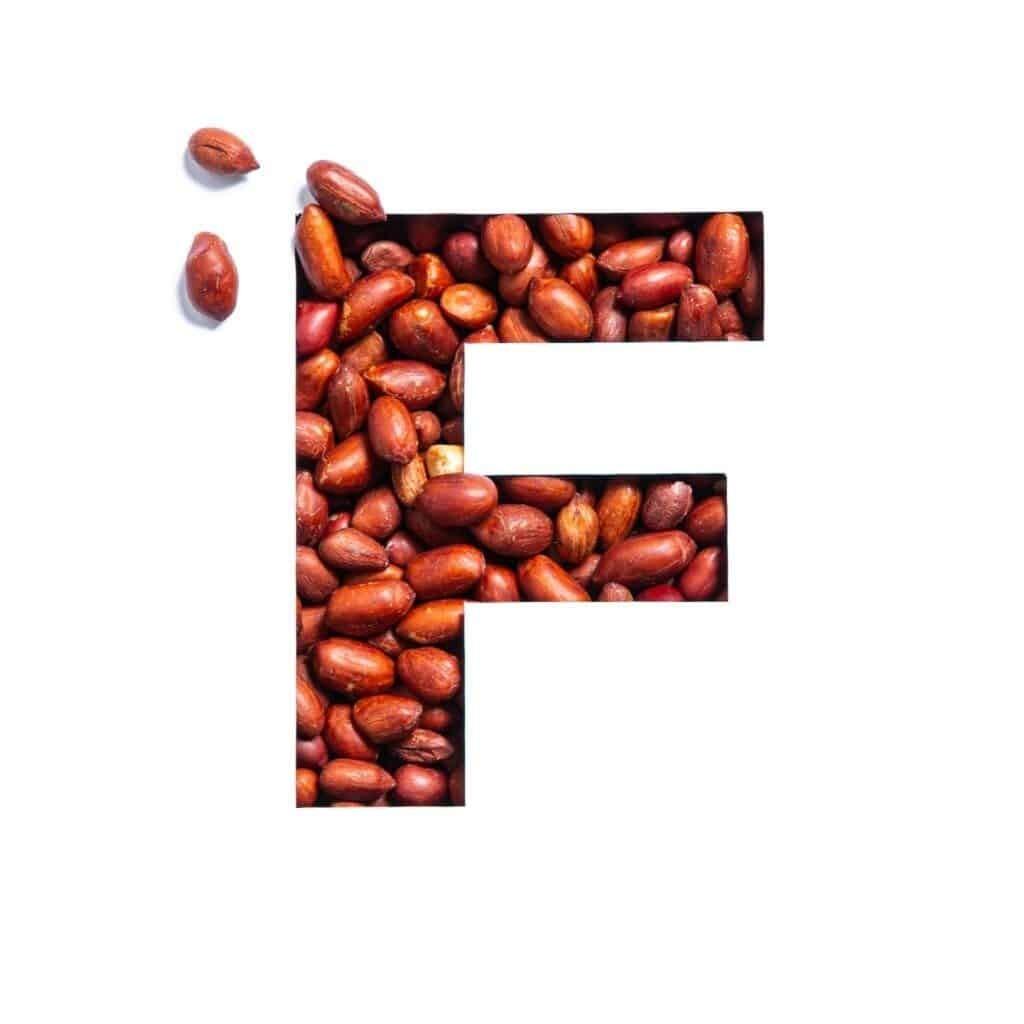 Vitamin F gồm acid alpha-linolenic (ALA) và acid linoleic (LA).