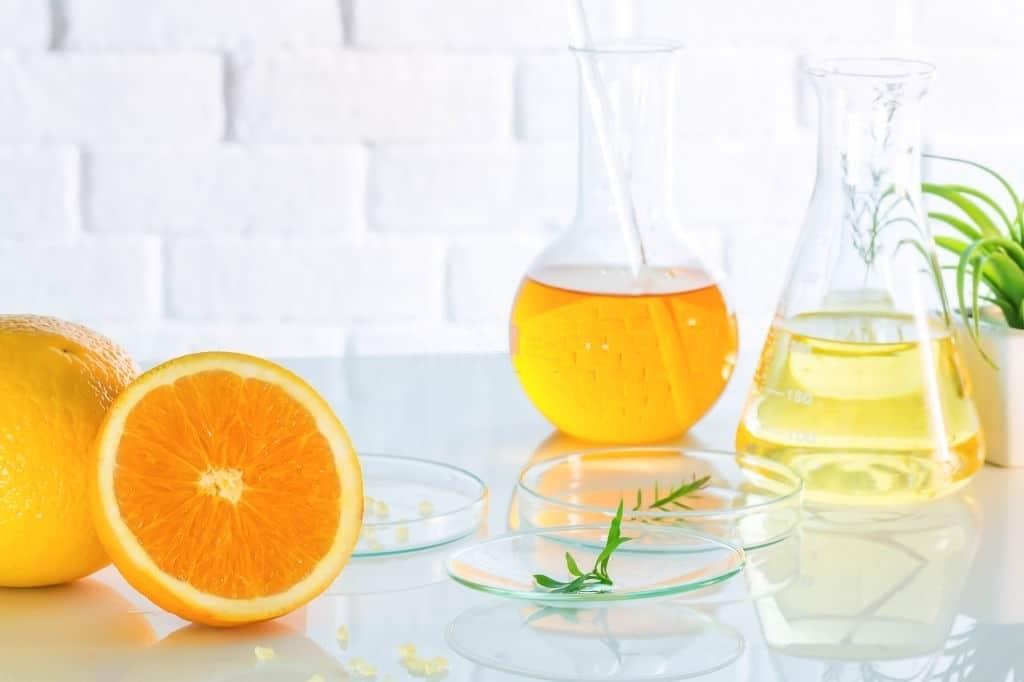 Vitamin C là chìa khóa để duy trì làn da mịn màng, đều màu và luôn rạng rỡ.
