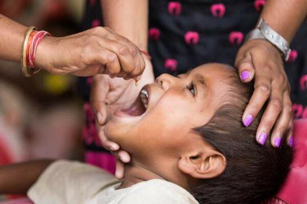 thuốc tẩy giun cho trẻ dưới 2 tuổi