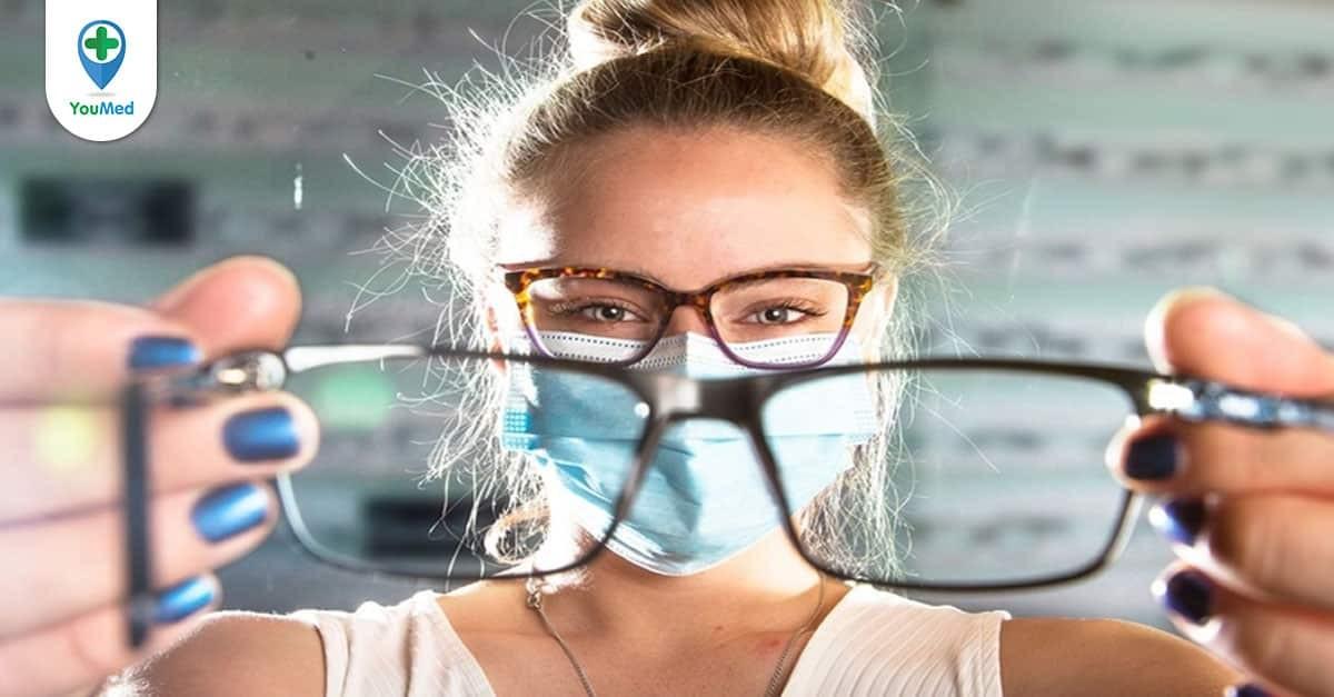 Có nên đeo kính cận thường xuyên? Cách chọn đúng loại kính cho bạn