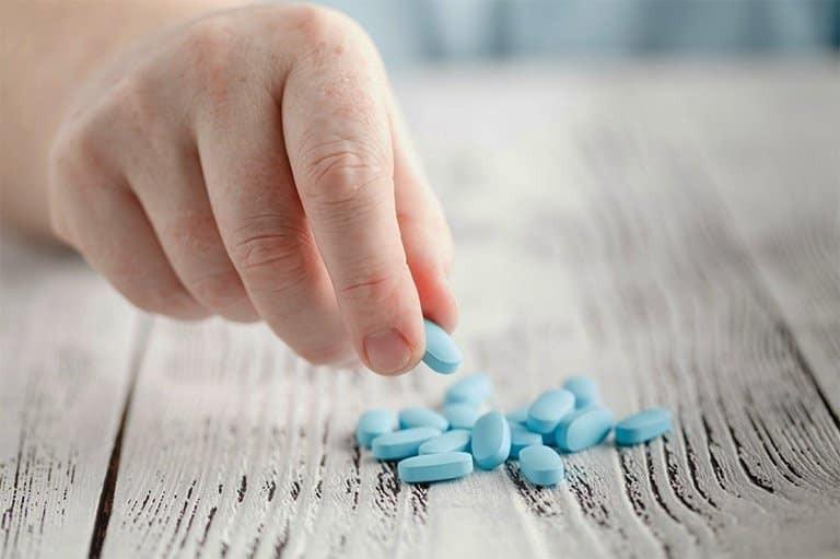 Lưu ý khi dùng thuốc giảm đau trên mẹ đang cho con bú