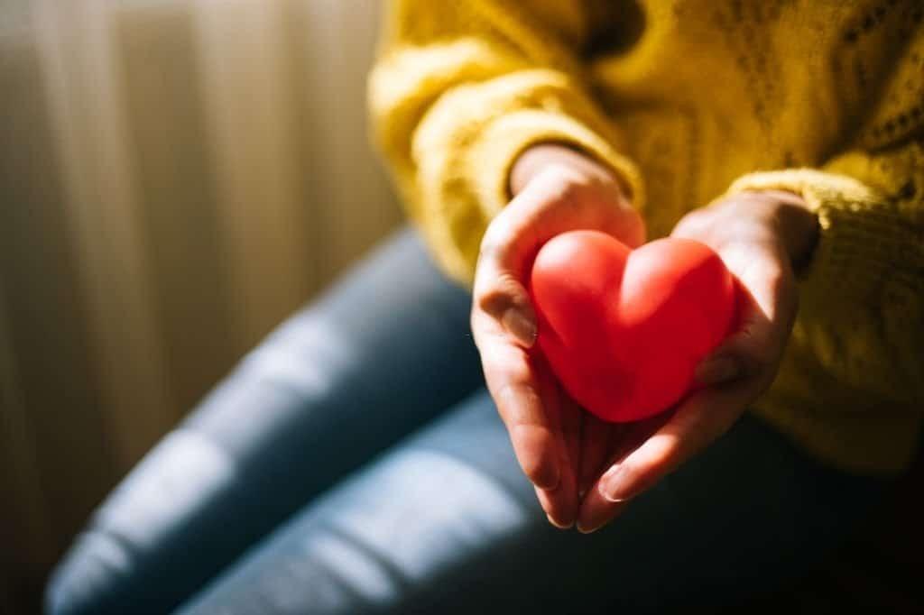 Axit folic duy trì sức khỏe tim mạch