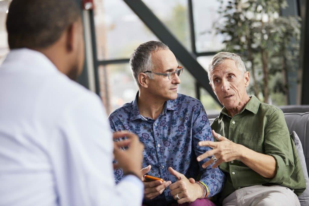 Nam giới ở tuổi trung niên trở lên dễ mắc ung thư tuyến tiền liệt