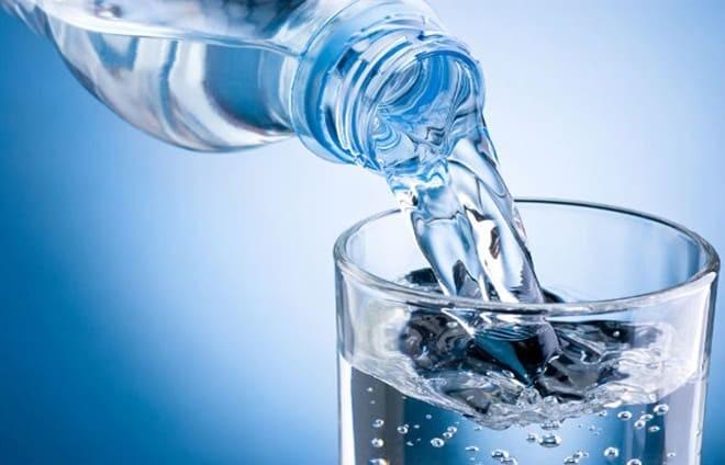 Uống đủ nước để phòng ngừa phì đại tuyến tiền liệt