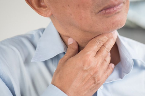 Viêm họng do nhiễm khuẩn