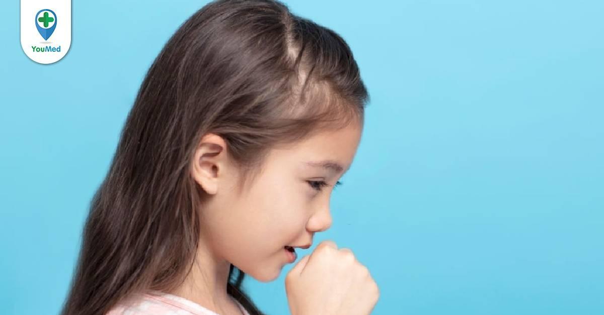 Trẻ bị ho và nôn về đêm: Bố mẹ phải làm gì?