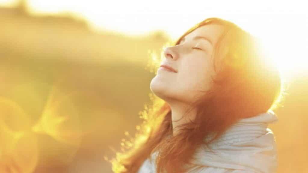 Nhận một ít ánh sáng mặt trời mỗi ngày có thể giúp bạn duy trì D3