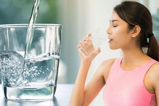 Uống nhiều nước tốt cho người bị bỏng