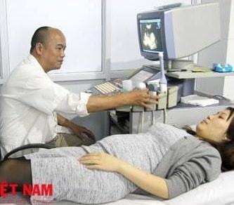 Bác sĩ Đinh Hùng Vỹ