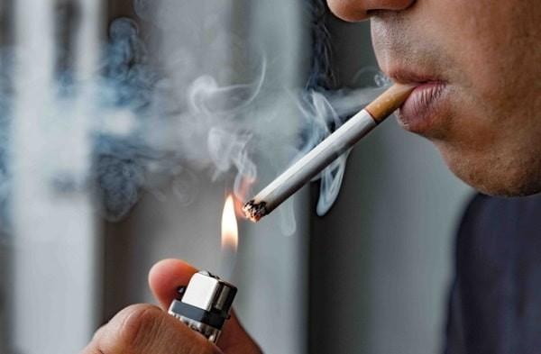 Hút thuốc lá là một trong những yếu tố nguy cơ phổ biến nhất gây ung thư