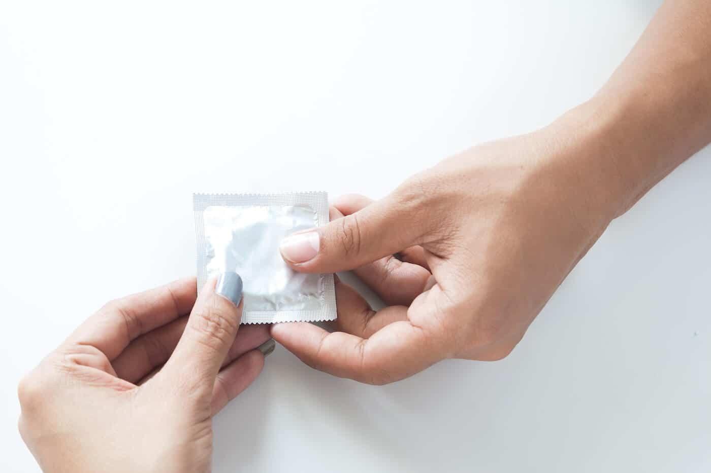 Quan hệ tình dục an toàn giúp phòng chống sưng da bao quy đầu