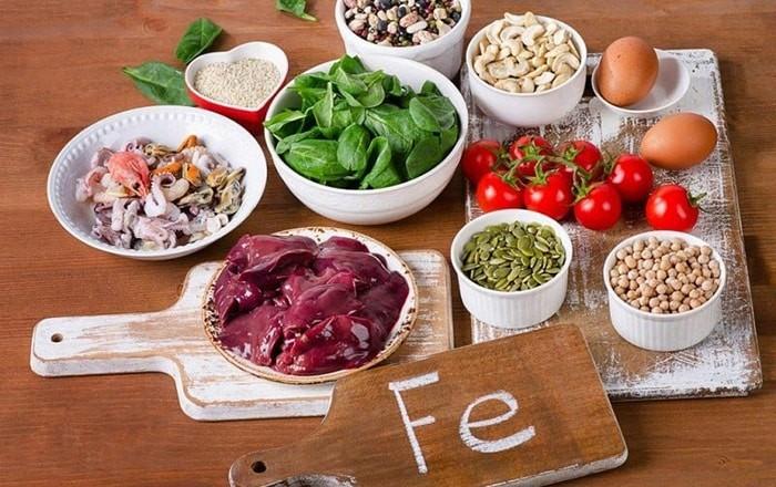 Bổ sung các thực phẩm giàu sắt giúp tăng tiểu cầu