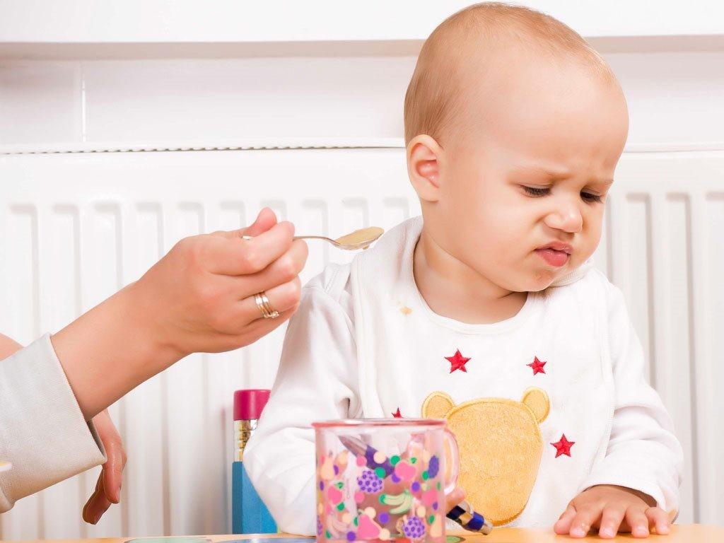 Trẻ ăn không ngon sau tiêm phòng vắc xin