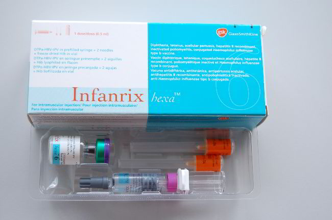 Vắc-xin Infanrix Hexa