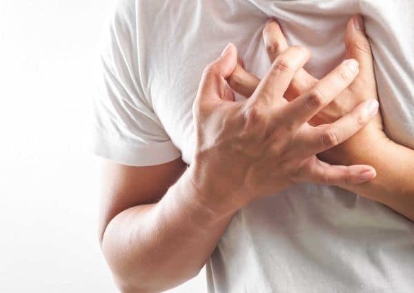 Dấu hiệu tức ngực ở bệnh nhân tim mạch