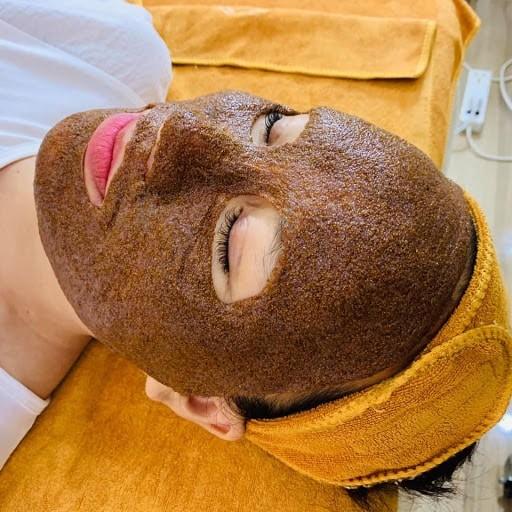 Thời gian gần đây, nhiều chị em phụ nữ sử dụng hạt đình lịch để dưỡng da