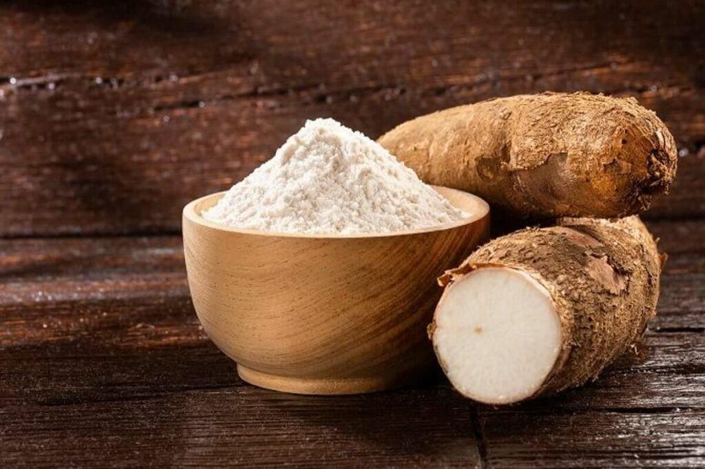 Khoai mì chứa nhiều năng lượng và chất xơ cần thiết cho cơ thể.
