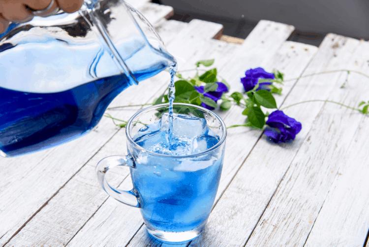 Hoa đậu biếc thường được dùng làm trà uống hàng ngày