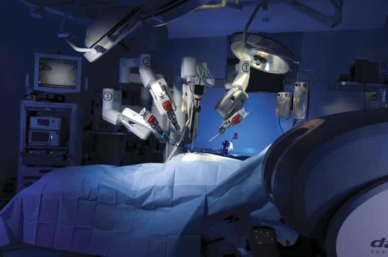 Phương pháp phẫu thuật bằng robot hiện đại