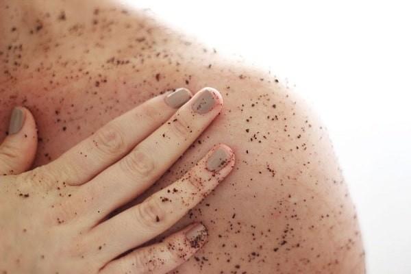 Tẩy da chết: Bí quyết để có một làn da khoẻ mạnh