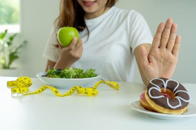 Người béo phì nên ăn nhiều trái cây và rau củ
