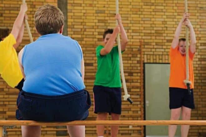 Trẻ béo phò thường tự ti, khó hòa nhập với các bạn đồng trang lứa