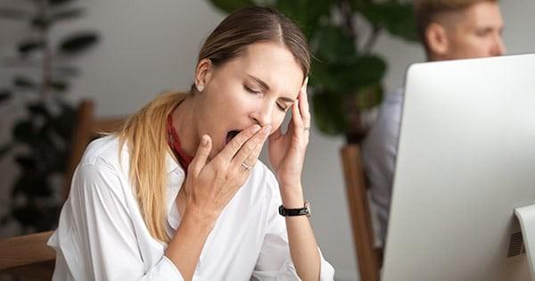 Dùng thuốc Vincomid có thể gây mệt mỏi, buồn ngủ