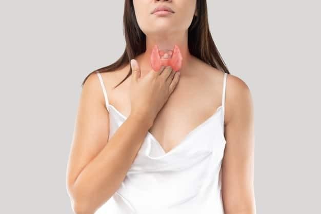 Người mắc bướu tuyến giáp có thể có nhiều triệu chứng