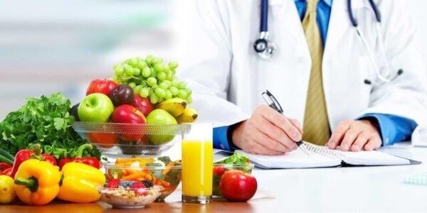 Giữ thói quen ăn uống lành mạnh sẽ tăng cường hệ tiêu hóa, tránh mắc bệnh tiêu chảy.